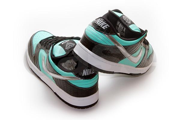 Diamond Nike SB Dunk.jpg